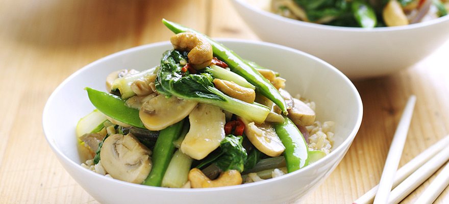 Stir-fry with mushrooms and asian greens