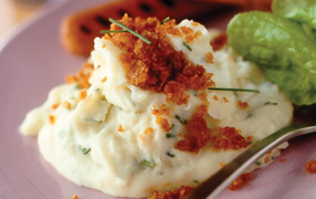 Creamy potato and chives