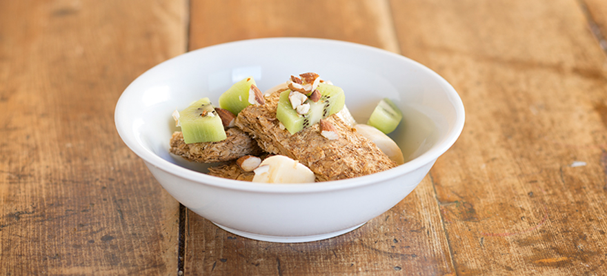 Weet-Bix™ with banana, kiwifruit and almonds