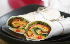 Salad wraps with Smoked Slices